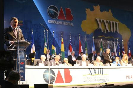 Marcos da Costa discursa na abertura da Conferência da Advocacia