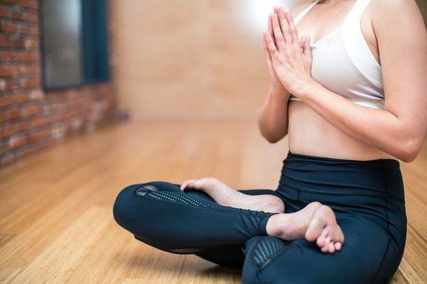 Yoga e treino funcional on-line para a advocacia continuam até dezembro