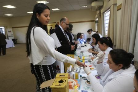 Exames de saúde em conferência da OAB / CAASP