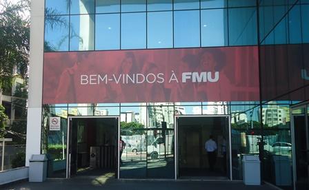 Fachada do prédio das Faculdades Metropolitanas Unidas