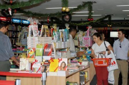 Livraria da CAASP enfeitada para o Natal