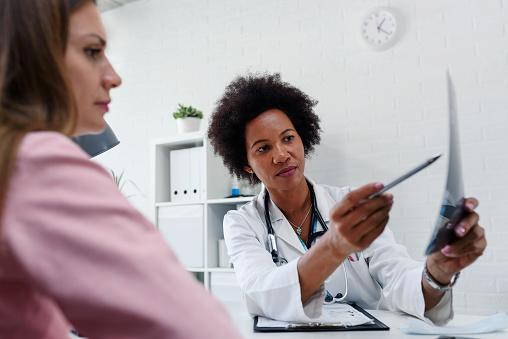 Campanha CAASP de Saúde da Advogada: confira a rede de atendimento