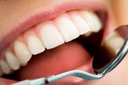 Sorriso de uma paciente odontológica